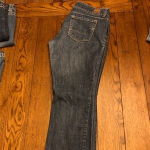 American Eagle ankle length jean